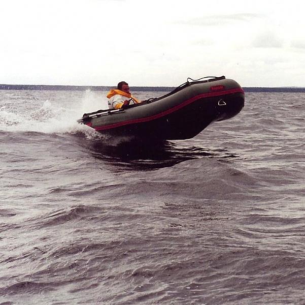 лодка пвх комбат видео